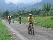 Bicicletas senderos Lago Arenal
