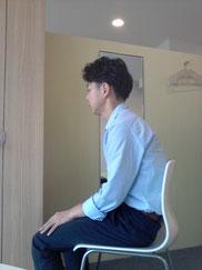 ストレートネックの奈良県大和高田市の男性