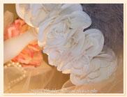 LG031 - Dettaglio rose di tessuto sintetico vellutate al tatto