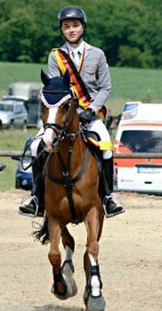 Nils Niederhöfer 2013 Verbandsspringmeister/Pony Rheinland-Nassau