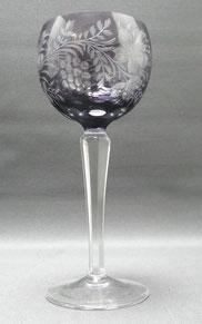 Kristallglas, Römer, Lupenschliff, violettfarbender Überfang, 18,7 cm , € 65,00
