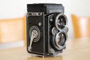 古いカメラ(ローライ)