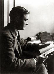 Minnesota Historical Society: Fitzgerald, Portrait 1920