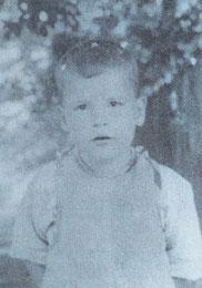 Helmut am 8.7.1937  6 Jahre alt