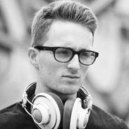 dmp school - Keyboardlehrer, Klavierlehrer - Coach Fabian Kratzer