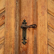 Serrure sur porte en bois pour Menuiserie Lethu Deux Sèvres 79