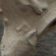 Op linkerzijde boven de hiel de letters B en C, of G,  Gouda ca 1720