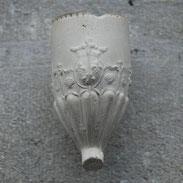 Gekroond Frans Wapenschild met 3x Fleur de lis, schelpjes en zwaantjes en kopjes in kaders