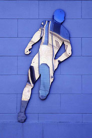 Renate Lau – Der durch die Wand geht