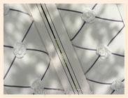 TA030-Dettaglio interno - passamaneria di velluto grigio perla elasticizzato