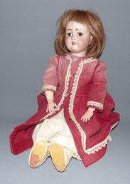 "M. Bergmann, Simon & Halbig, 1910"", Puppe, Samtkleid, braune Schlafaugen, 62 cm , € 380,00"