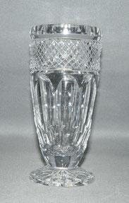 Meyr´s Neffe, Vase, Kristallglas, gesteindelte Wandung, 19,0 cm, € 280,00