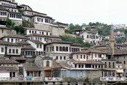 Stadt der 1000 Fenster: Das albanische Berat.