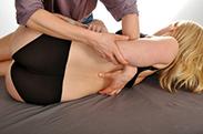 Osteopathie hilft bei Problemen des Bewegungsapparates.