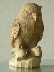 Eule Uhu Eulenskulptur geschnitzte Eule