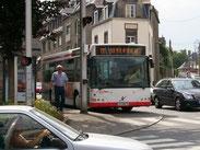 Le n°66 à l'arrêt Roulais, sur un 22 Grassinais - St-Vincent.