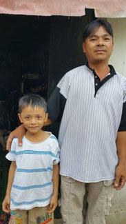 Bùi Quốc Huy und sein Vater