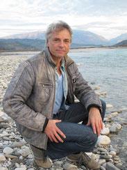 Foto: Riverwatch. Ulrich Eichelmann, Riverwatch, spricht auf Ö1 über die (Un)Rentabitität von Kleinwasserkraft
