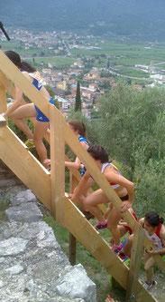 Anspruchsvolle Streckenabschnitte, hier beim Rennen der Frauen (Foto: Helmut Schmuck)