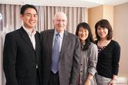 コトラー教授とインタビュー後の記念写真