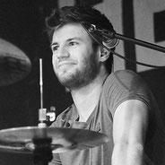 dmp school - Schlagzeuglehrer, Schlagzeugunterricht - Coach Jonas