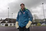 Thomas Sempach mit Handschuhen bei Temperaturen von einem 1°C