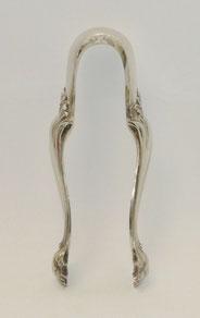 Zuckerzange, fein gearbeitet, mit Klauen, 13 Lot, Silber, 14,0 cm, € 65,00