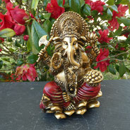 ganesh assis sur lotus sur le site d'Alain rivera