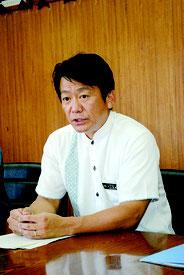 記者会見で陸自配備計画への協力を表明する中山市長=18日午後、市役所