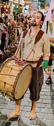 Philipp,der Hastige(Djembe,Landsknechttrommel,Feuershow)