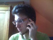 J'ai une tete de con, quand je suis au telephone, alors quand je comprend pas ce qu'on me dit, c'est pire !
