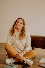 Hej Hej! Ich bin Katharina Lehmkuhl - Lifestyle- & Beziehungscoach