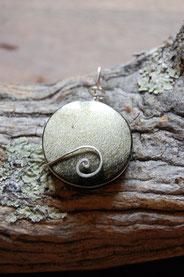 pendentif pierre semi-precieuse, création artisanale  de Fileuse d'étoiles