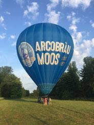 Bei der Landung mit D-ONIB der Ballonfahrer Ostbayern