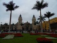 Lima - Plaza Mayor und Kathedrale im historischen Zentrum
