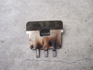 着火テスト後の炎制御板