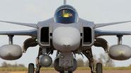 """Saab """"Gripen-C"""": nuovo upgrade per installare il radar AESA """"Raven"""" di Selex Es."""