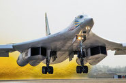 "Tupolev Tu-160: il ""Blackjack"" rinasce a nuova vita."