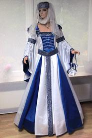 Mittelalter Brautkleid ANNBRITT, blau-weiß. Atelier Mittelalter-Fashion.