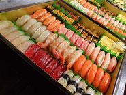 渋谷区まで美味しいお寿司を宅配します。