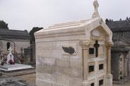Création et rénovation de caveau funéraires