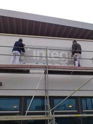 Fassandenanstrich und Logoschriftzug bei der Firma integra in Berlin Reinickendorf