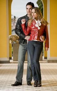 Fotografias feitas por Cássia Paes e Angelo Ávila para a grife de roupas Victor Cuir em Editorial destinado ao dia dos Namorados de 2010.