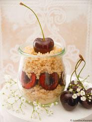 Couscous mit frischen Kirschen