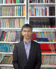 やさしい英語の本が7,000冊。