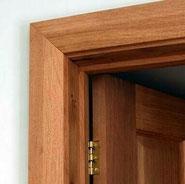 Puertas de madera (www.chilecubica.com)