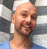Yogalehrerin Gesine Adam HELDENSEMINARE