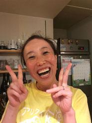 塚口笑店街のアイドル アリクイ食堂のヨピ店長