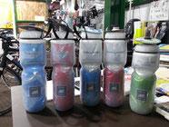 POLAR BOTTLE    ポーラボトル     アメリカコロラド州より自転車付好きの2人が、いかにドリンクを冷たく保つかを追求い、サイクル用保冷ボトルを開発しました。¥1265~