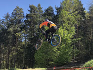 Downhill-Biker in action